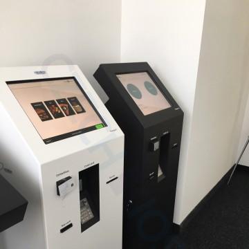 MiniCash - gastro automat a samoobslužná recepce - bezhotovostní platby