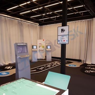 Informační kiosky pro výstavu projektu Polaď Prahu